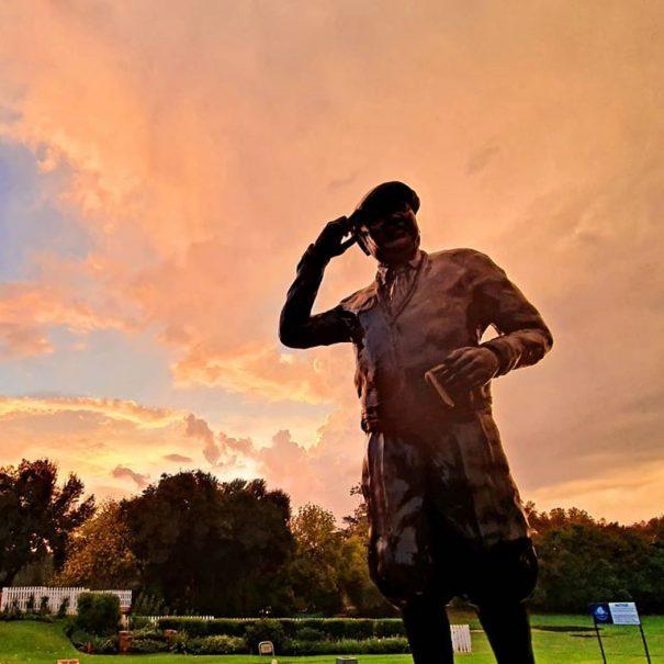 a statue of bobby locke at parkview golf club johannesburg.
